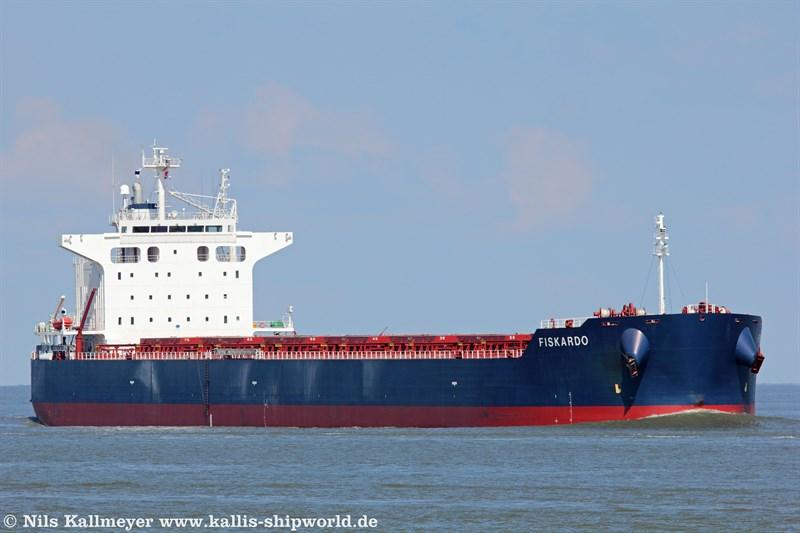 Fiskardo (IMO 9442378) vor Cuxhaven.