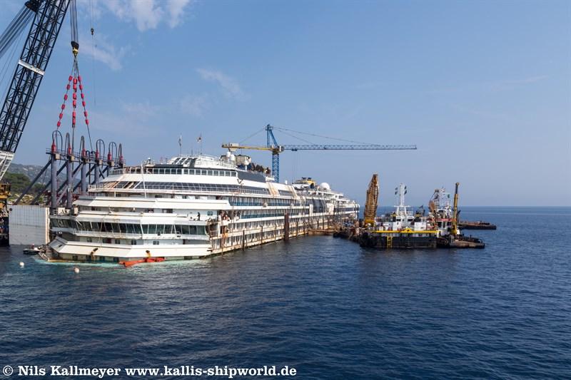 Costa Concordia vor Giglio 14.06.2014