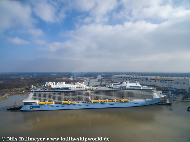 Ovation of the Seas_Ems01