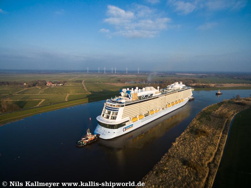 Ovation of the Seas_Ems04
