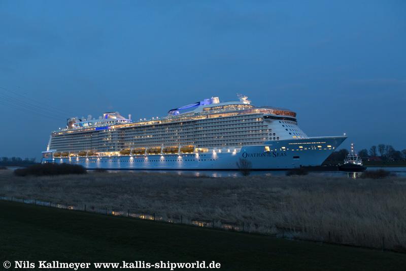 Ovation of the Seas_Ems06
